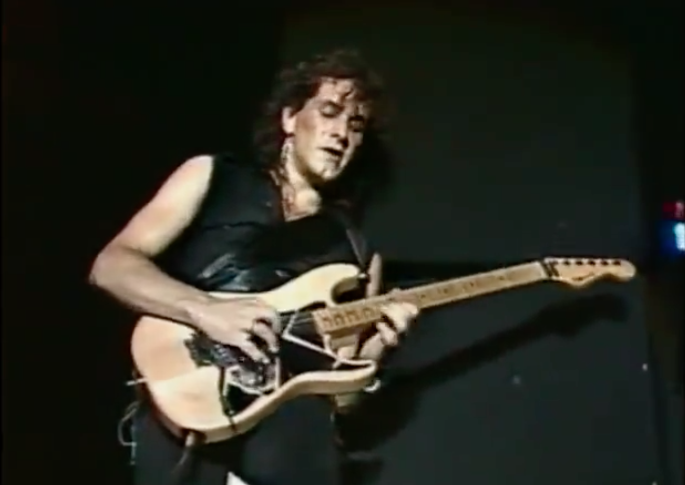 Vivian Campbell Live with Dio in 1985 — Video – Forgotten ...