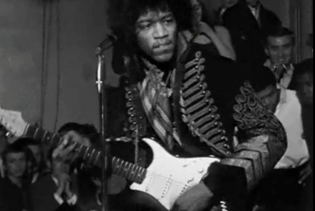 jimi hendrix album are you experienced released in 1967 The jimi hendrix experience comprising eponymous singer-songwriter and guitarist jimi hendrix, bassist and backing vocalist noel redding and drummer mitch mitchell, the band was active until june 1969, in which time the group released three successful studio albums.